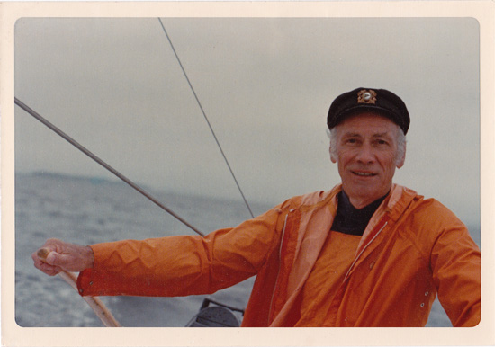 Dad_sailing_best550_opt